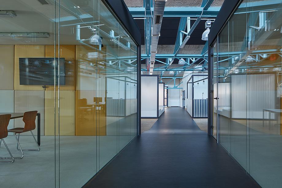 oficinas sinnerschrader por kurz architects - foto boysplaynice (31)