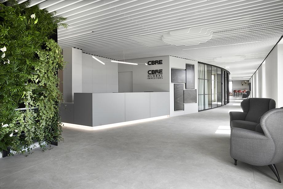 oficinas de cbre en milan con techos armstrong (11)