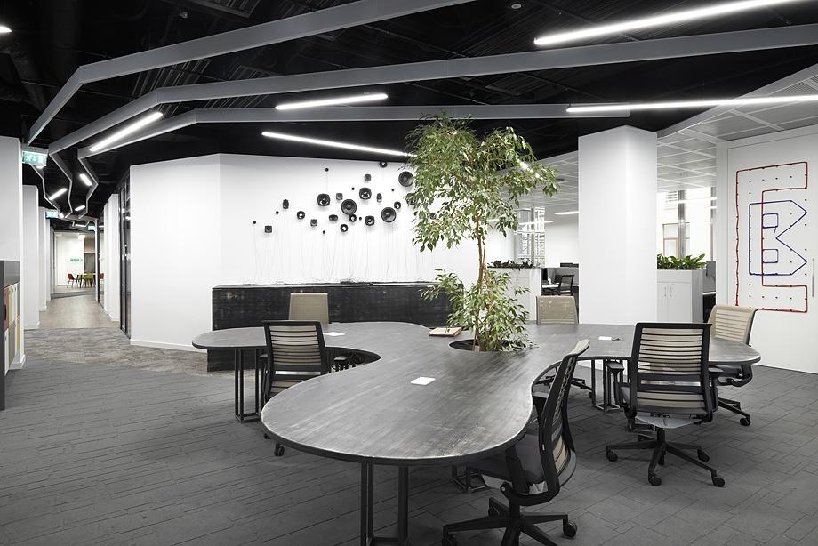 oficinas de cbre en milan con techos armstrong (5)