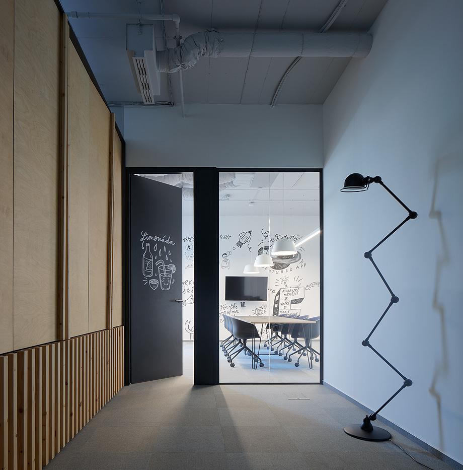 oficinas funtasty de studio perspektiv - foto boysplaynice (1)