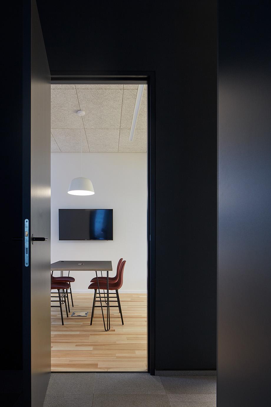 oficinas funtasty de studio perspektiv - foto boysplaynice (18)