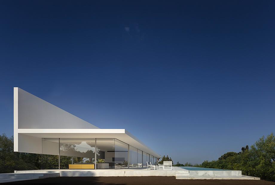 casa hofmann de fran silvestre arquitectos - foto fernando guerra (3)