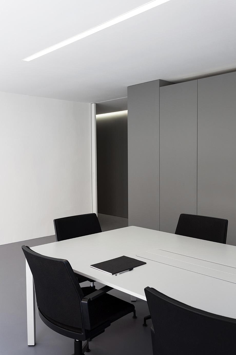 oficinas oav de fran silvestre arquitectos - foto diego opazo (10)
