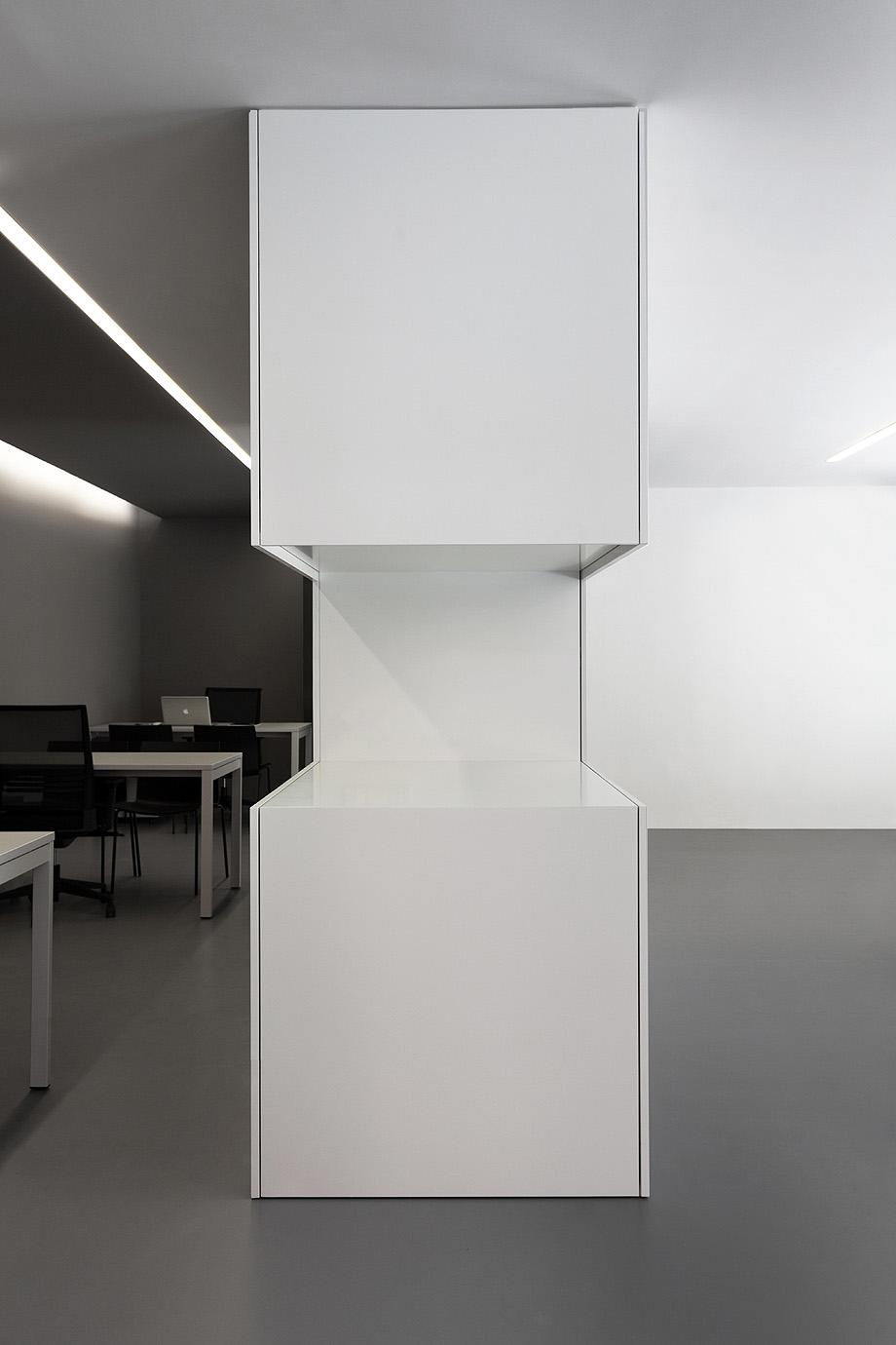 oficinas oav de fran silvestre arquitectos - foto diego opazo (12)