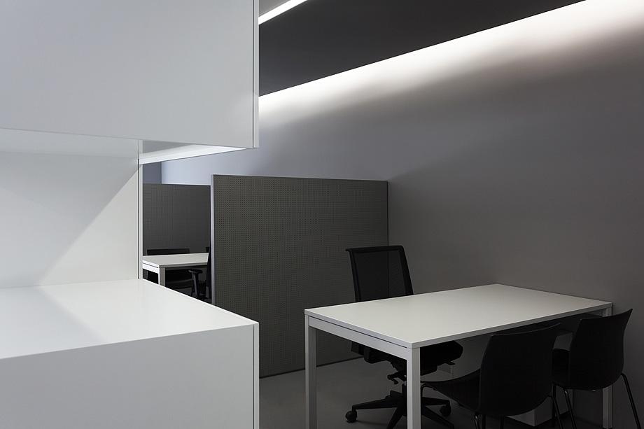 oficinas oav de fran silvestre arquitectos - foto diego opazo (14)