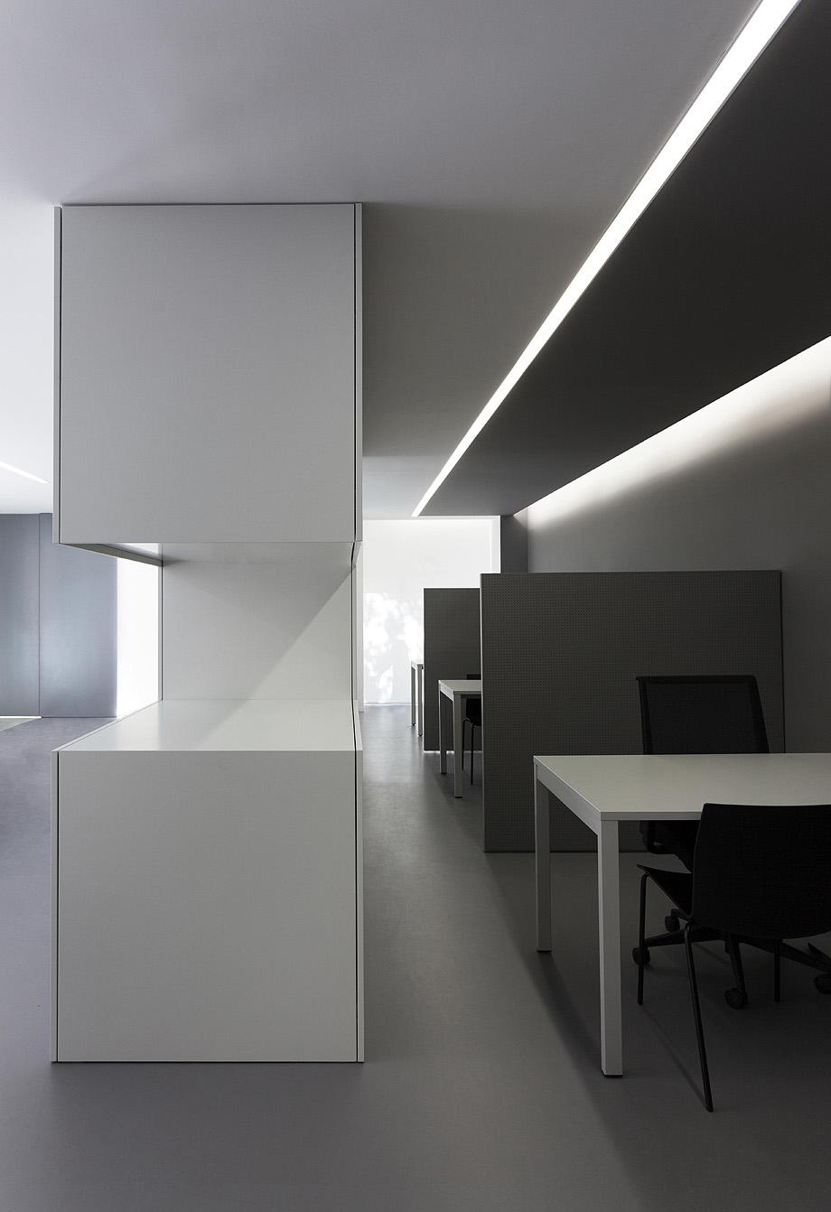 oficinas oav de fran silvestre arquitectos - foto diego opazo (15)