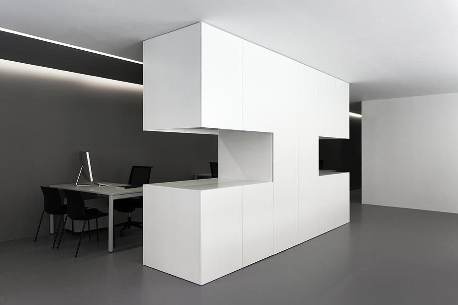 oficinas oav de fran silvestre arquitectos - foto diego opazo (18)