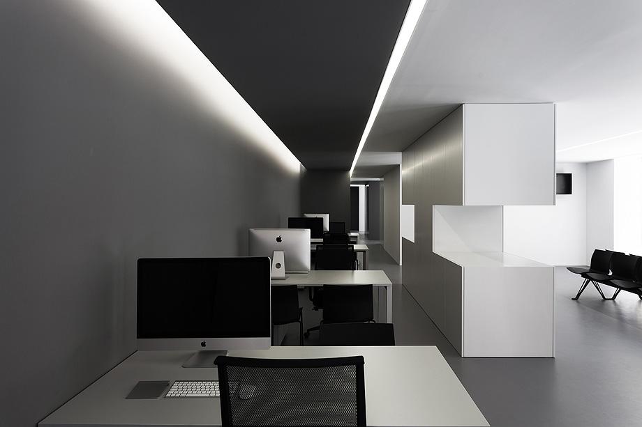 oficinas oav de fran silvestre arquitectos - foto diego opazo (22)