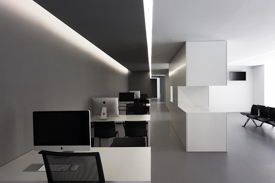oficinas oav de fran silvestre arquitectos - foto diego opazo (3)