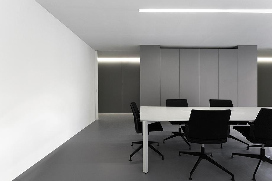 oficinas oav de fran silvestre arquitectos - foto diego opazo (6)