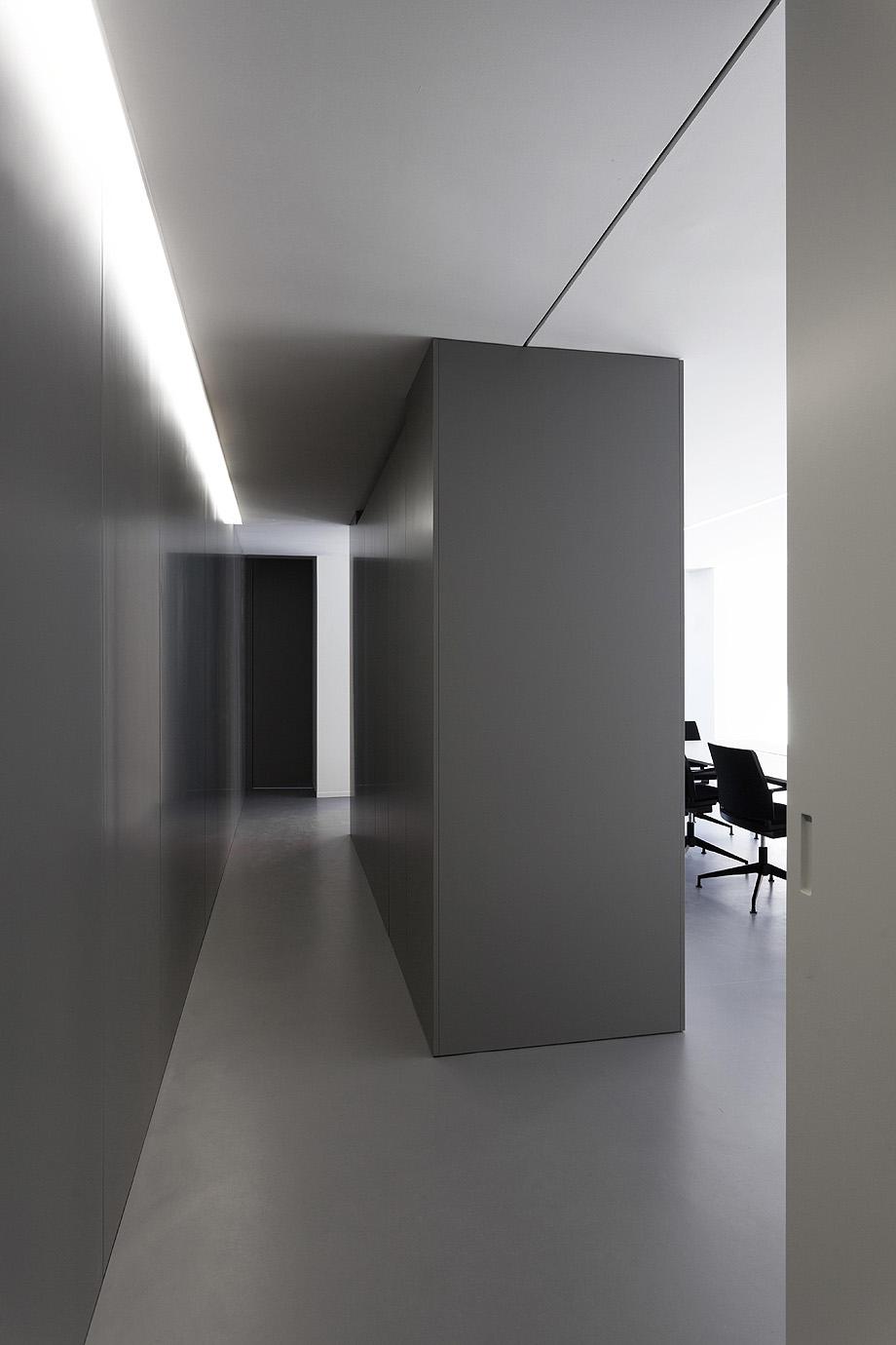 oficinas oav de fran silvestre arquitectos - foto diego opazo (9)