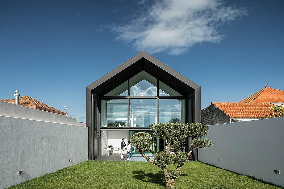 casa do arco de frari architecture network - foto ivo tavares (1)