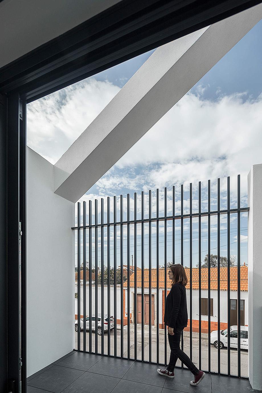 casa do arco de frari architecture network - foto ivo tavares (23)