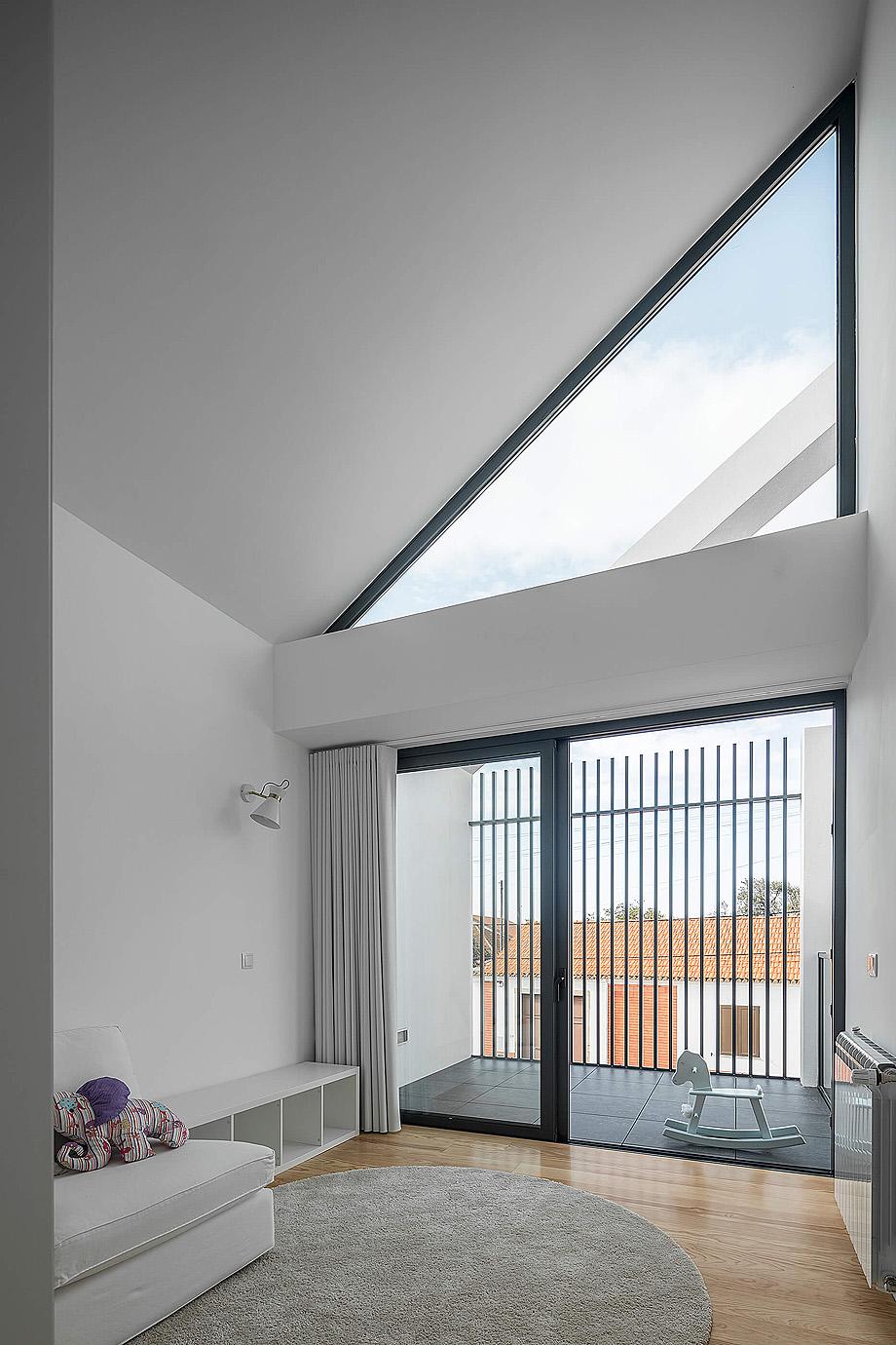 casa do arco de frari architecture network - foto ivo tavares (24)