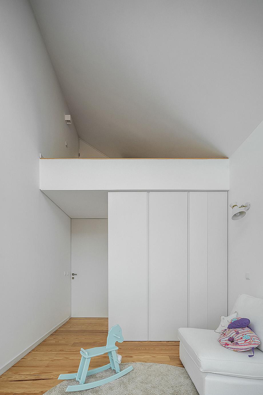 casa do arco de frari architecture network - foto ivo tavares (25)