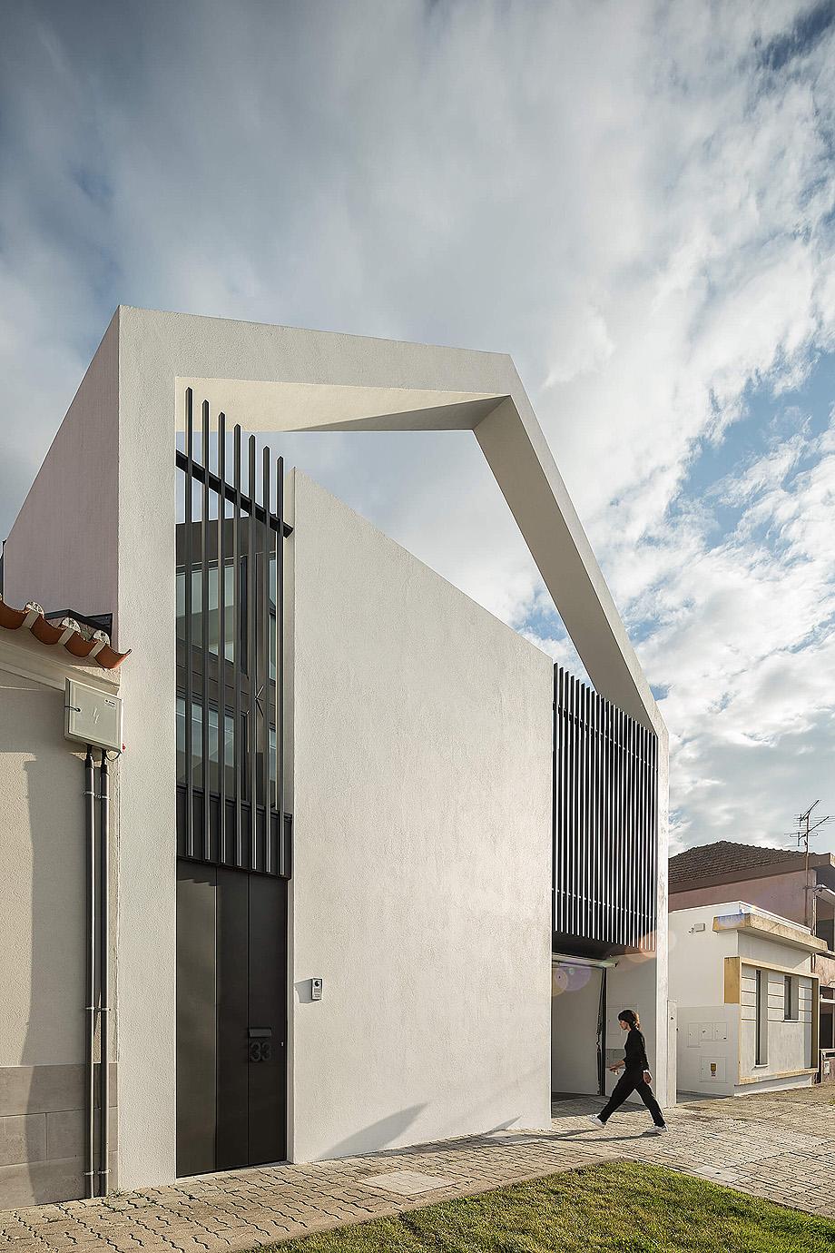 casa do arco de frari architecture network - foto ivo tavares (37)