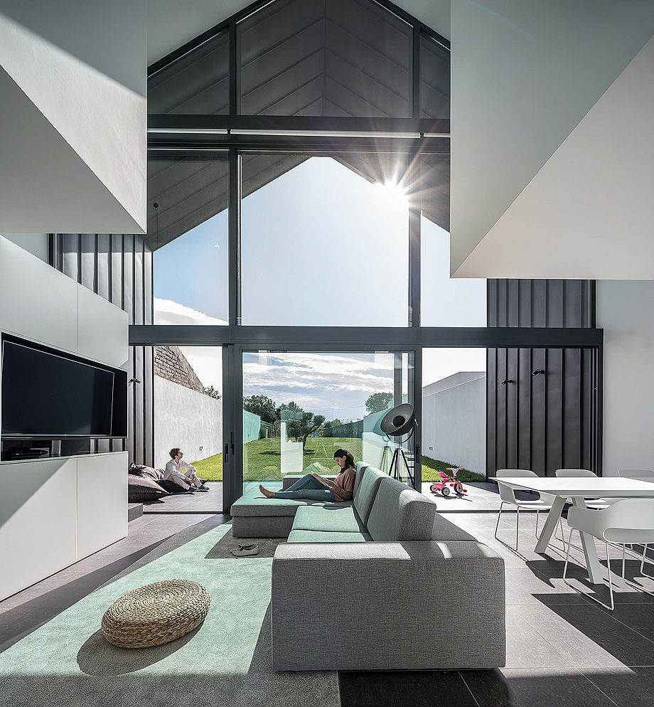 casa do arco de frari architecture network - foto ivo tavares (4)