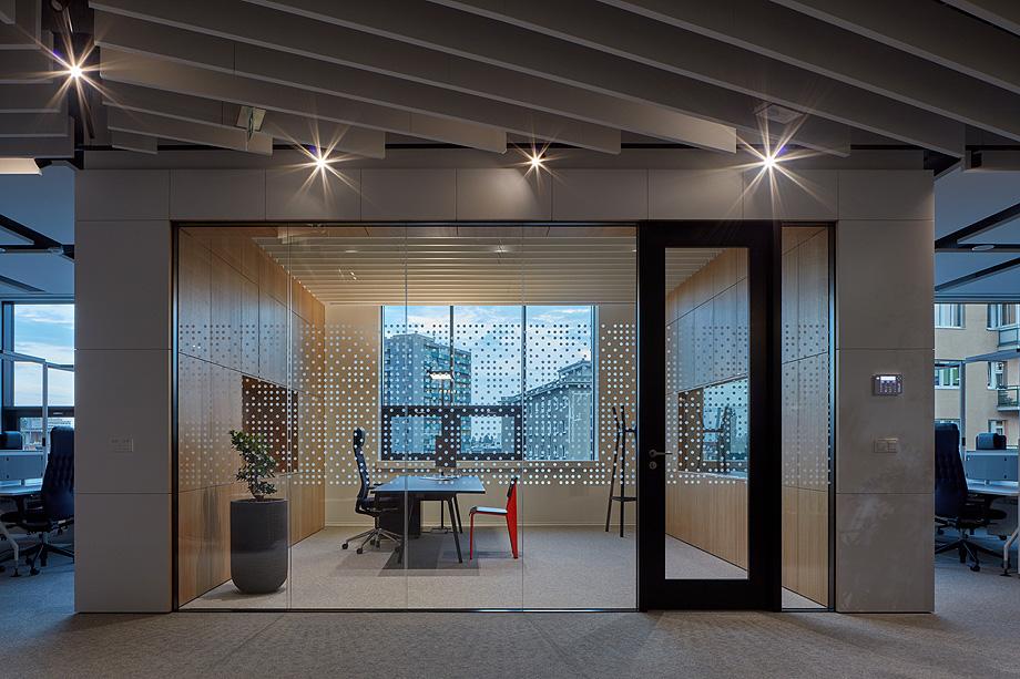 oficinas lucron de cechvala architects - foto boysplaynice (25)