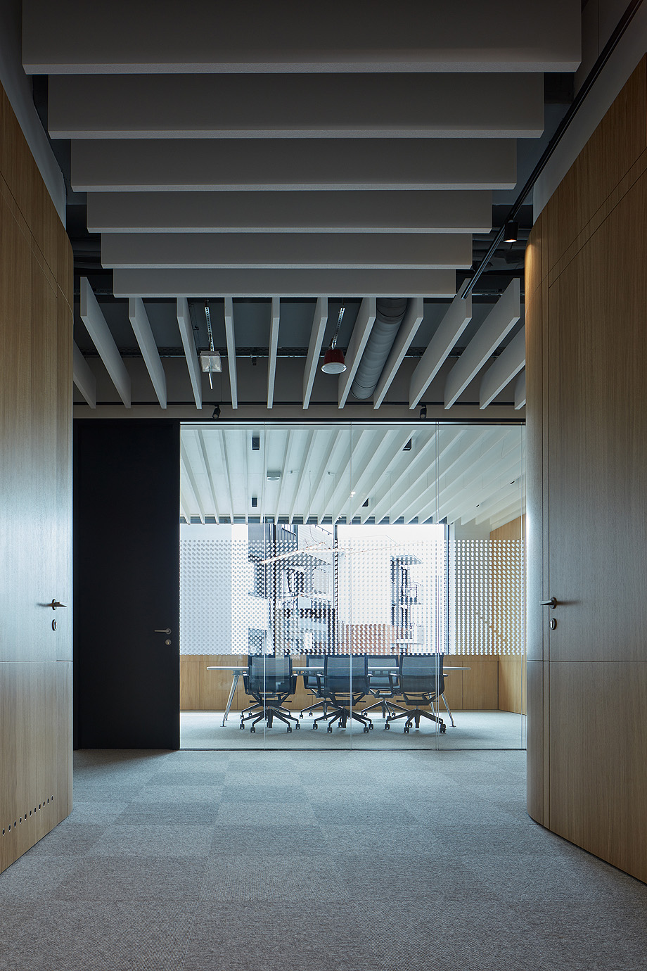 oficinas lucron de cechvala architects - foto boysplaynice (4)