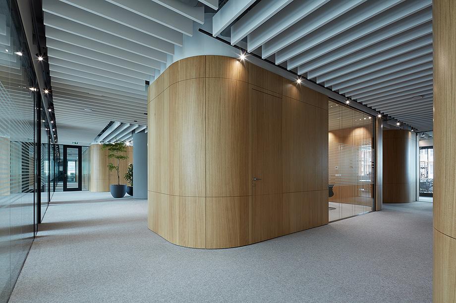 oficinas lucron de cechvala architects - foto boysplaynice (7)