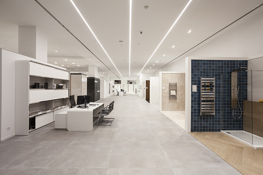 showroom porcelanosa estepark castellon (8)