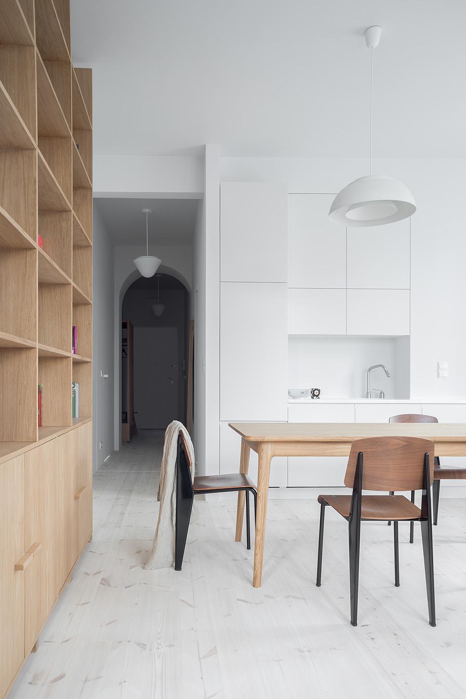apartamento en varsovia de loft kolasinski - foto joel hauck (14)
