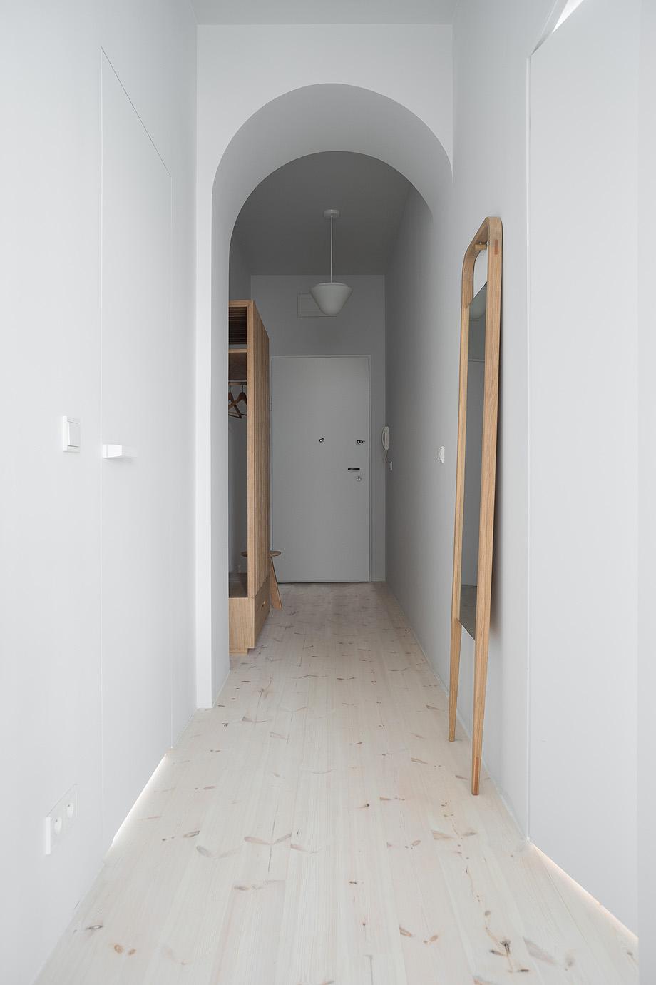 apartamento en varsovia de loft kolasinski - foto joel hauck (16)