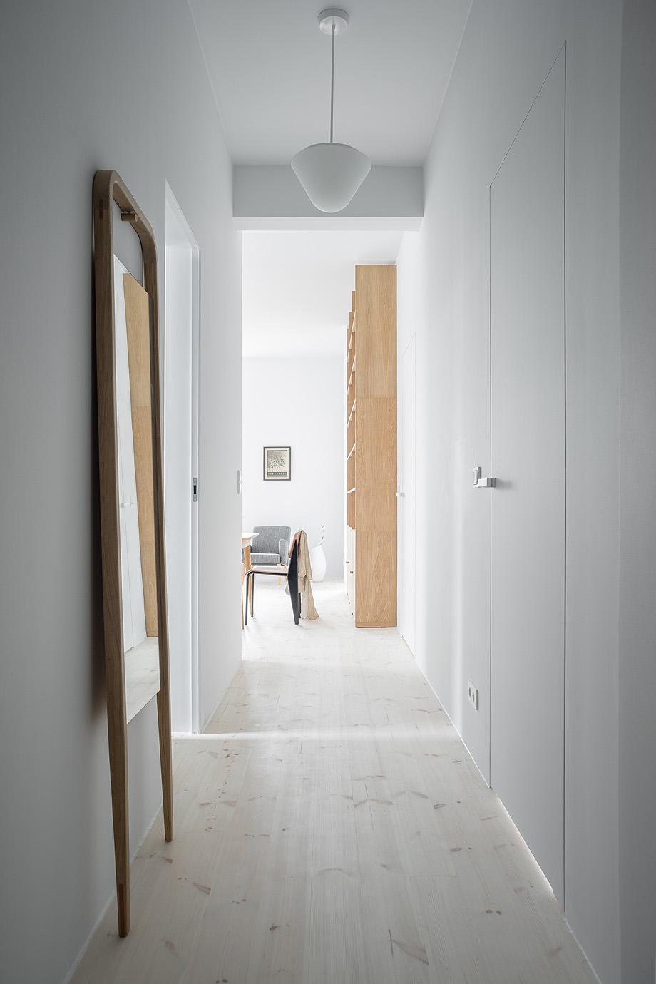 apartamento en varsovia de loft kolasinski - foto joel hauck (2)