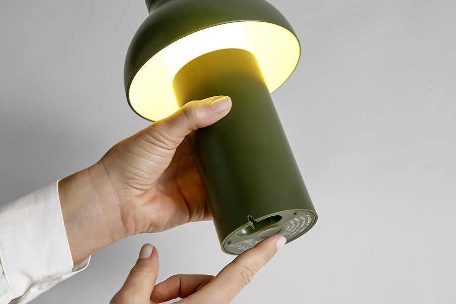 luminaria portable de pierre charpin y hay (5)