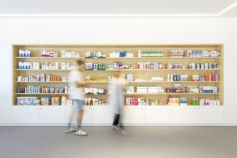 farmacia partenon de estudio amsl - foto carlos anton de la vega (13)