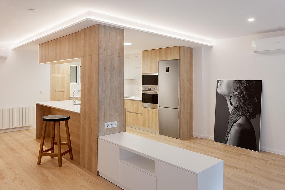 oficinas convertidas en dos pisos por david fernandez - foto marcel asso (2)