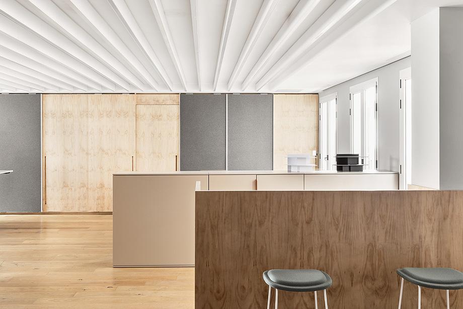 patricia urquiola diseña el nuevo showroom de haworth en madrid - foto manolo yllera (5)