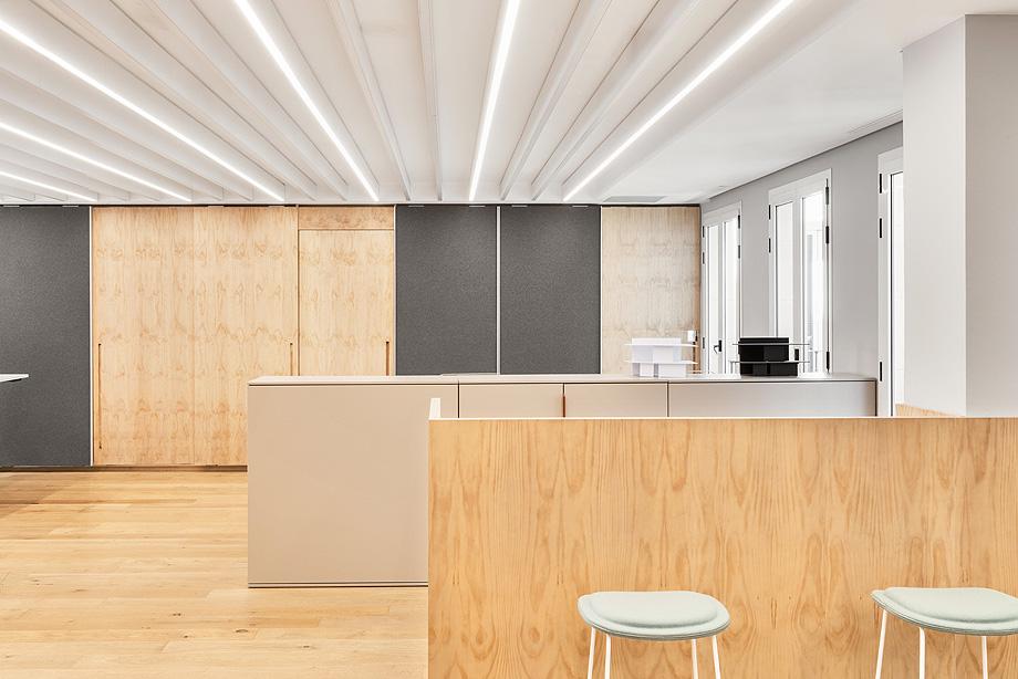 patricia urquiola diseña el nuevo showroom de haworth en madrid - foto manolo yllera (6)