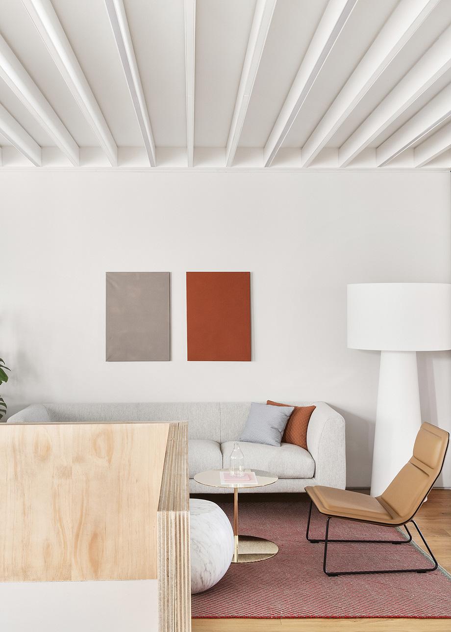 patricia urquiola diseña el nuevo showroom de haworth en madrid - foto manolo yllera (7)