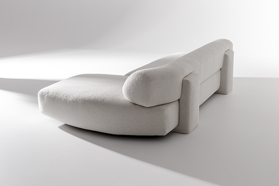 sofa gogan de patricia urquiola para moroso - foto alessandro paderni (1)