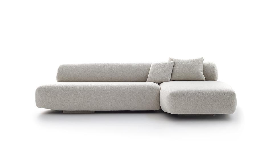 sofa gogan de patricia urquiola para moroso - foto alessandro paderni (3)