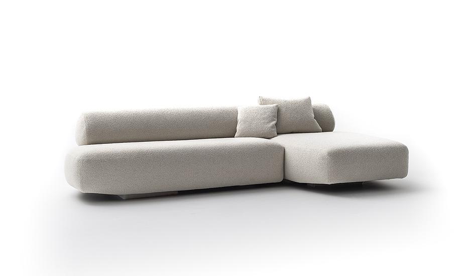 sofa gogan de patricia urquiola para moroso - foto alessandro paderni (4)