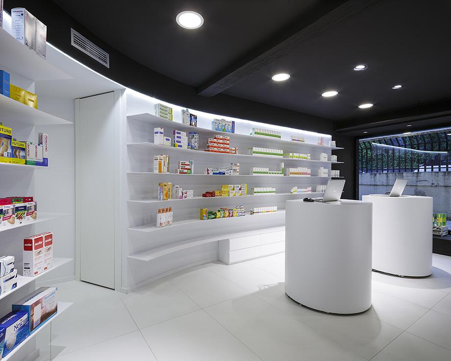 farmacia j3 de ciria alvarez arquitectos - foto fernando andres (2)