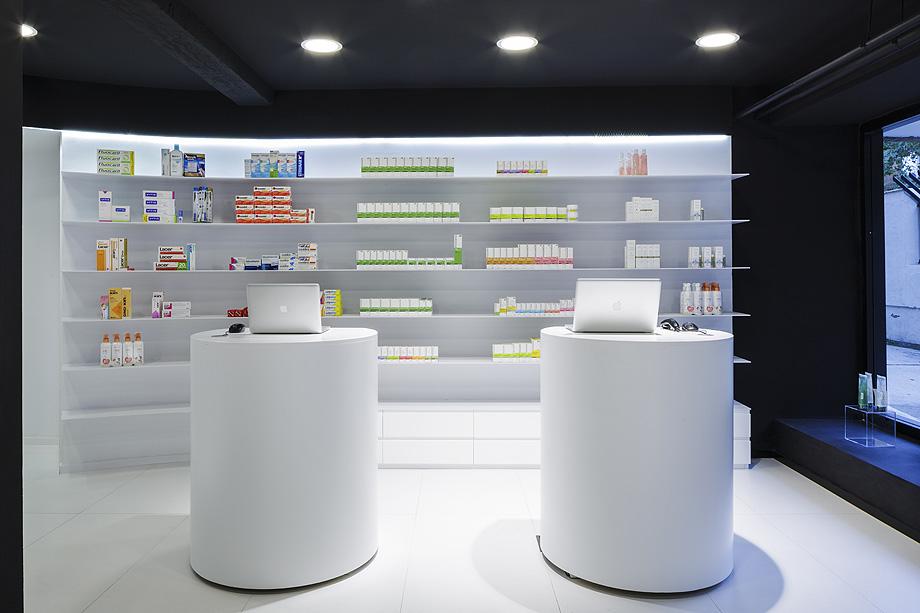 farmacia j3 de ciria alvarez arquitectos - foto fernando andres (4)