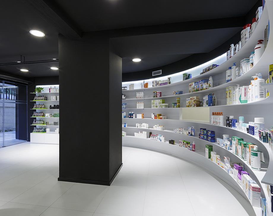 farmacia j3 de ciria alvarez arquitectos - foto fernando andres (5)