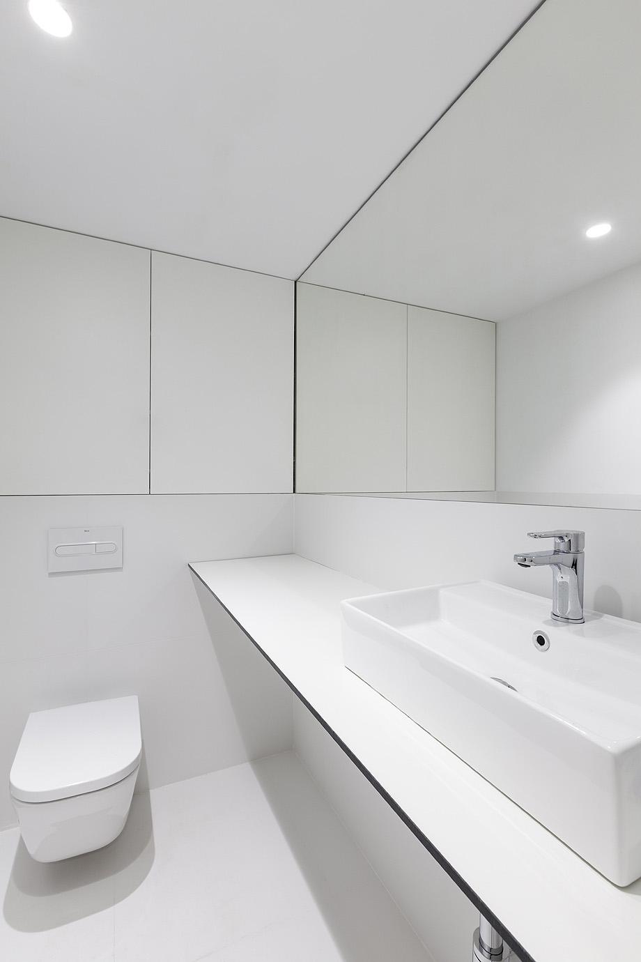 farmacia j3 de ciria alvarez arquitectos - foto fernando andres (6)