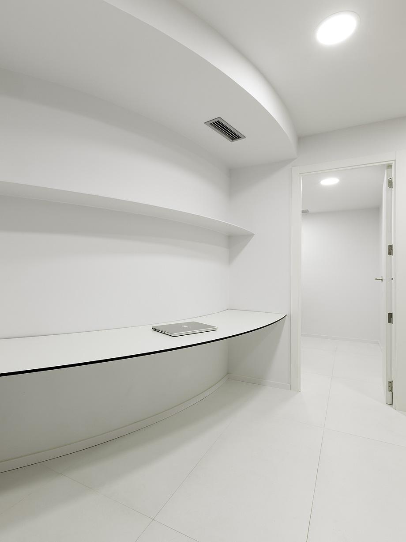 farmacia j3 de ciria alvarez arquitectos - foto fernando andres (7)