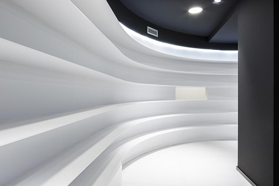 farmacia j3 de ciria alvarez arquitectos - foto fernando andres (8)