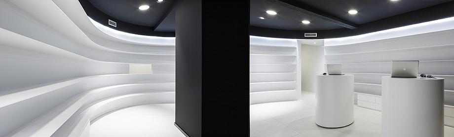 farmacia j3 de ciria alvarez arquitectos - foto fernando andres (9)