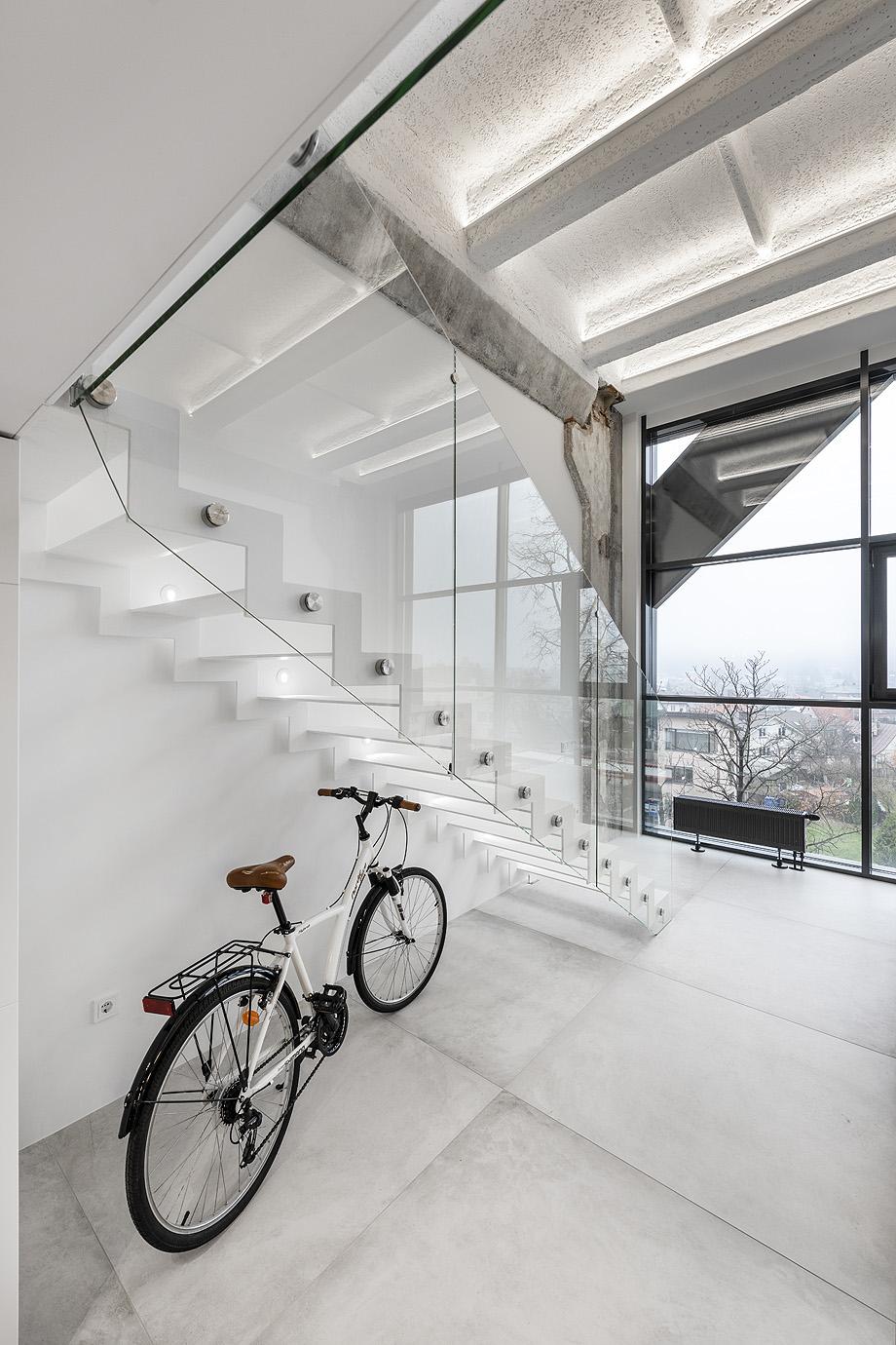 loft minimalista de idwhite - foto leonas garbačauskas (16)