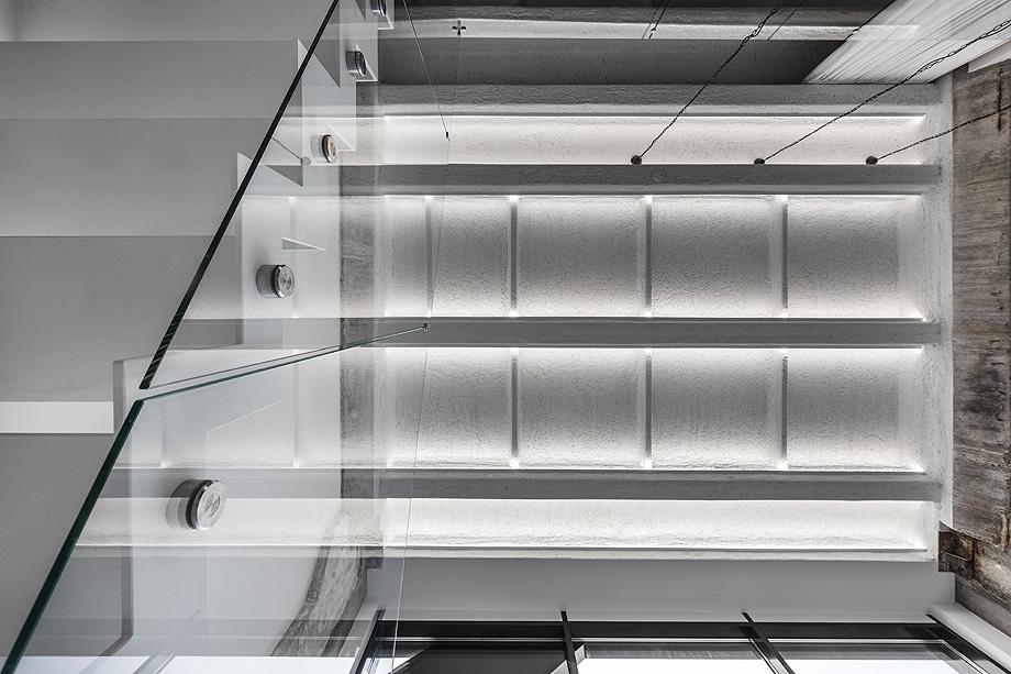 loft minimalista de idwhite - foto leonas garbačauskas (22)