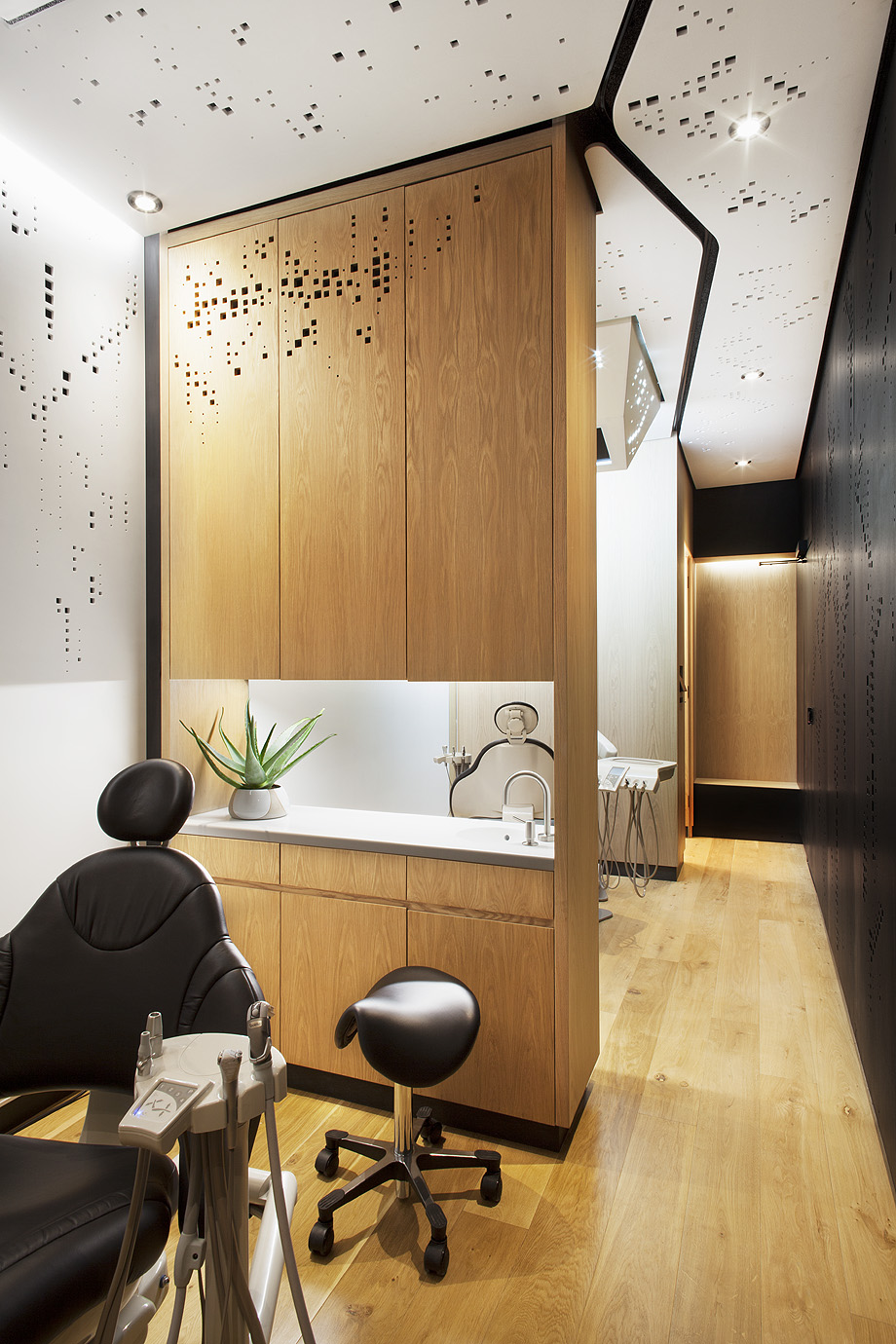 studio dental mdu de montalba architects - foto mitch tobias (3)