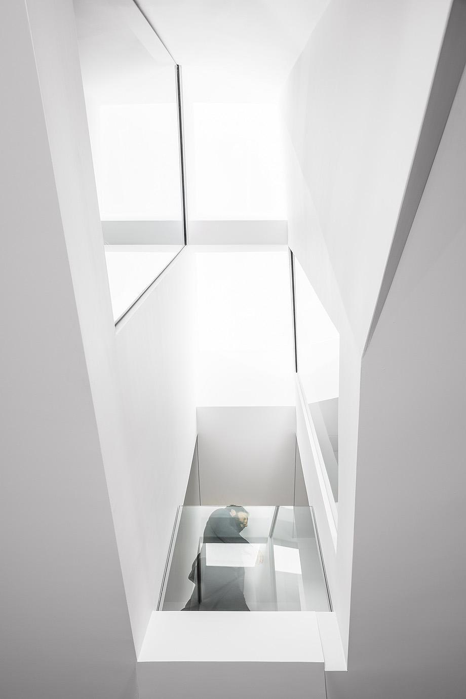 casa tesseract de phaedrus studio - foto ryan fung (10)