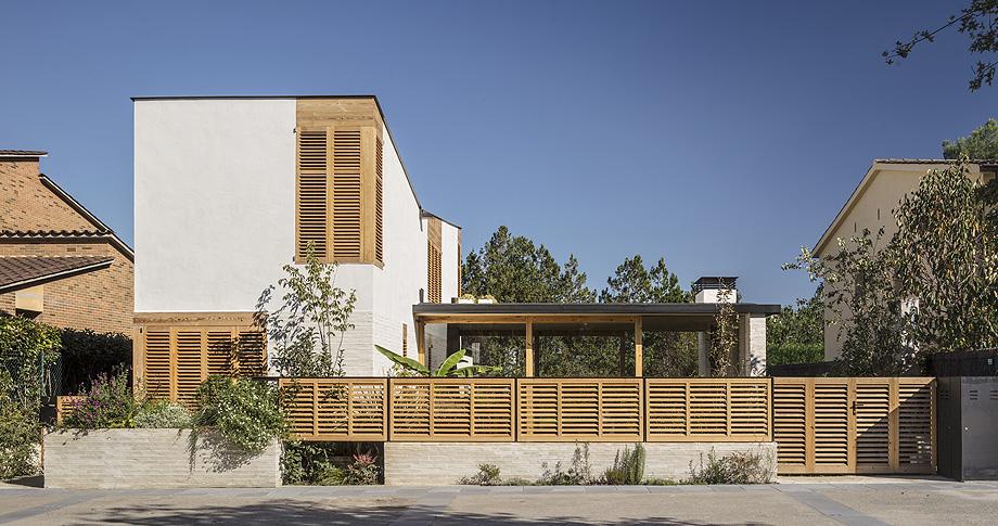 casa nostra de tallerdarquitectura - foto adria goula (12)