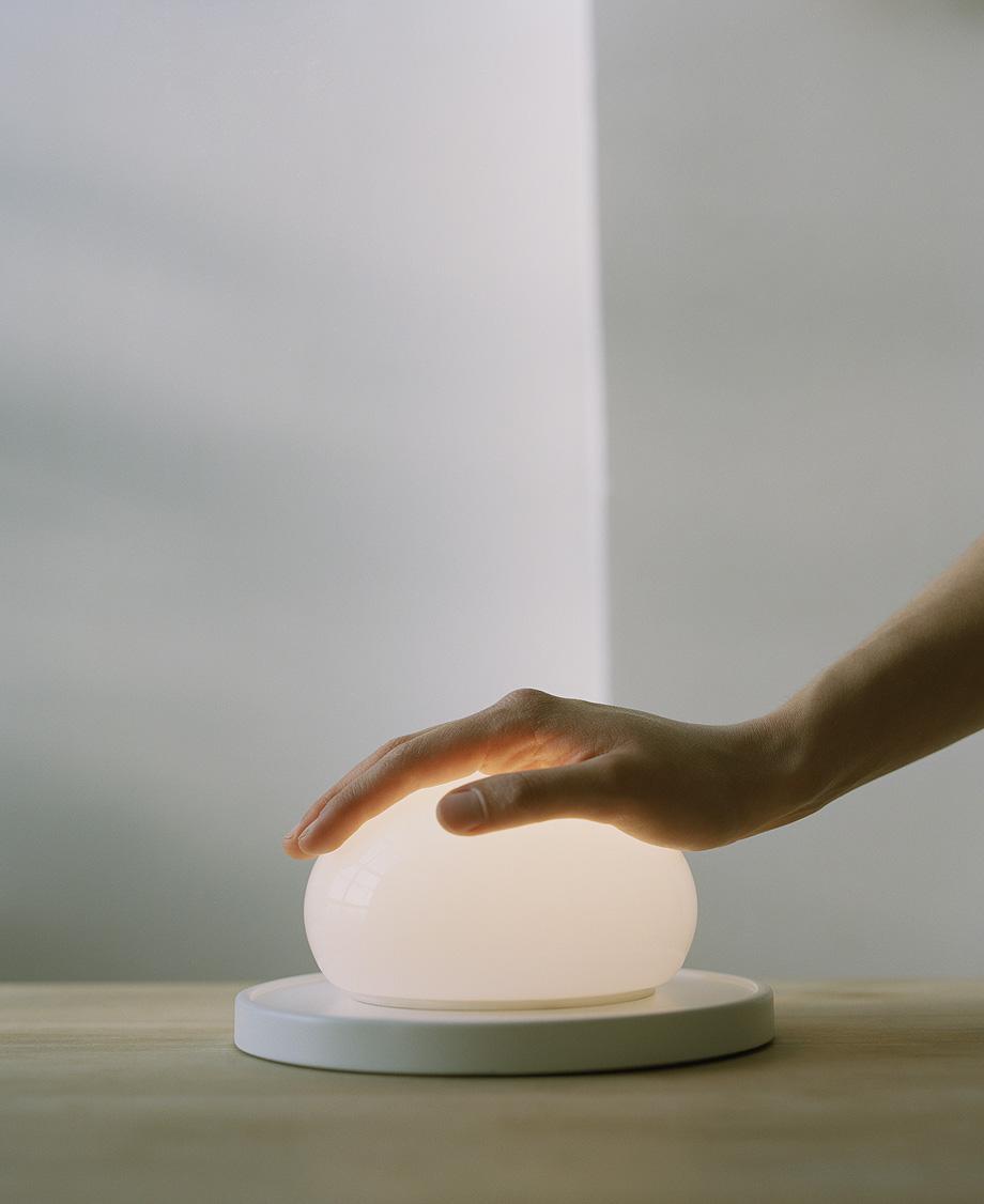 lampara de sobremesa bolita de kaschkasch para marset (7)